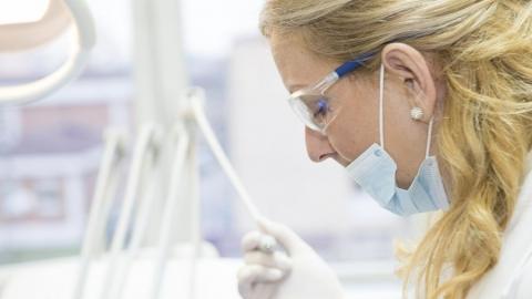 В Саратовскую область поставят новую вакцину от коронавируса для медработников