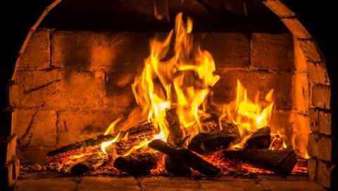 Четверо саратовцев, в том числе двое детей, отравились угарным газом
