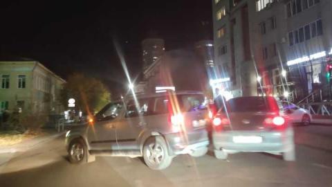 Улица Вольская перекрыта из-за аварии