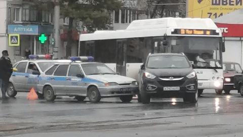 Машина ППС столкнулась с Huyndai у Сенного рынка