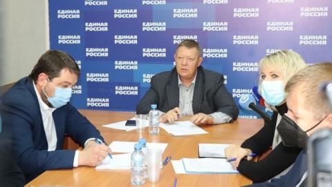 Панков ответил на вопросы жителей о дорогах, объектах соцсферы и благоустройстве Волжского района