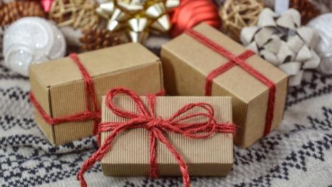 Минздрав и Роспотребнадзор просят провести Новый год дома