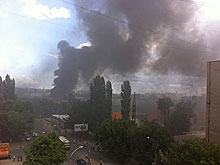 Очевидцы сообщают о пожаре на месте бывшего САЗа