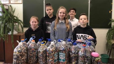 В школах Саратовской области собрали почти 4 тонны батареек