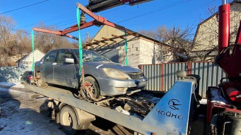 КВС: за долг в 40 тысяч рублей у гражданина изъят Mitsubishi Lancer