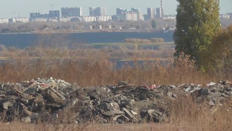 КВС: свалка мусора у трассы канализационного коллектора может привести к масштабной экологической катастрофе