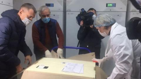 Сорок саратовских педагогов получат прививку от коронавируса