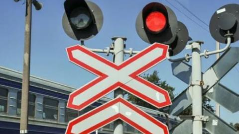 В ночь с 13 на 14 декабря временно закроются два железнодорожных переезда