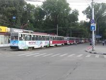Трамваи простояли в пробке около часа