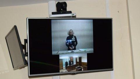 Подозреваемая в убийстве матери и ребенка попросилась на свободу