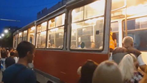 Трамваи встали на Московской: неисправен вагон