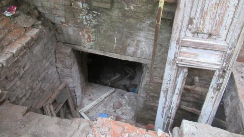 Саратовцам запретят жечь свечи на балконах и хранить вещи в подвалах