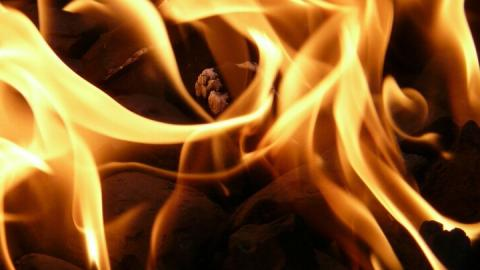 65-летний житель Энгельса пострадал на пожаре