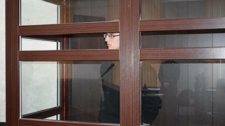 В Саратове юношу приговорили к 16 годам за убийство подруги детства | 18+