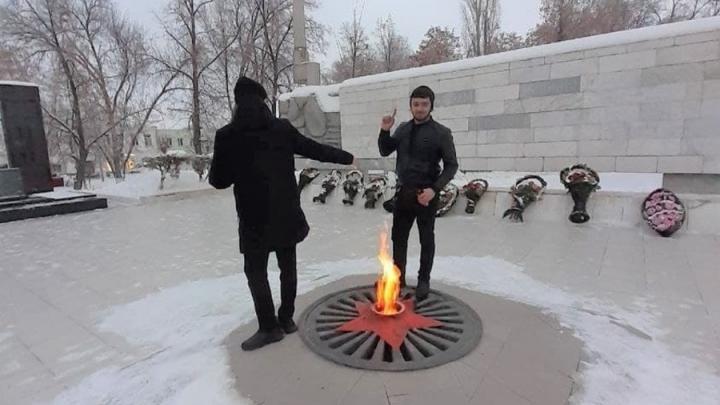 В Вольске оштрафованы осквернители Вечного огня
