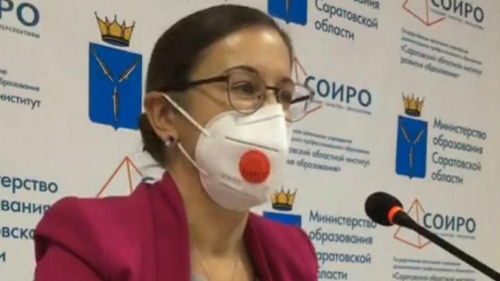 Ирина Седова считает недопустимым привлечение педагогов к уборке снега