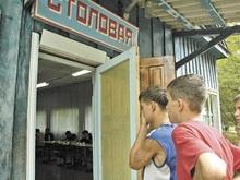 Два из трех детских лагерей допускают антисанитарию