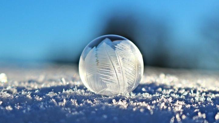 Тепло возвращается в Саратов вместе с легким снегопадом