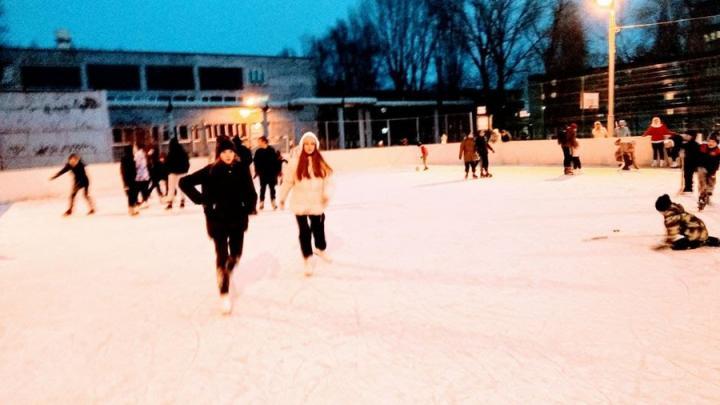 Оттепель в Саратове может лишить возможности покататься на коньках в выходные