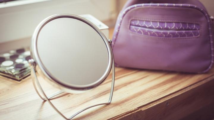 Косметолог в Саратове получил штраф за работу без лицензии