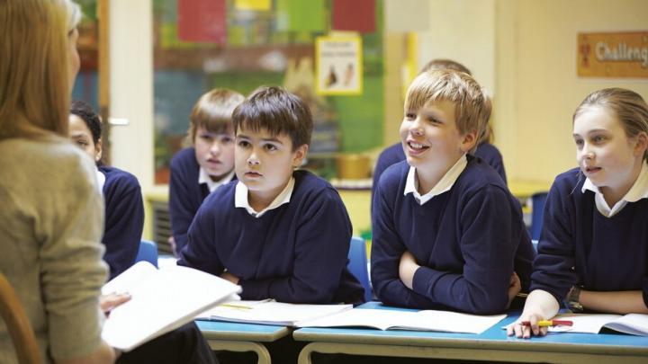 Минпросвещения: школы не переходят на шестидневку