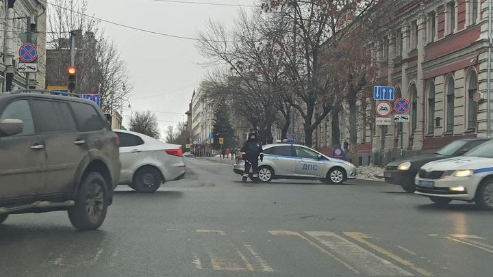 В Саратове полиция перекрыла центр города