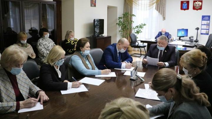 Александр Романов: «Необходимо менять отношение к работе учителя»