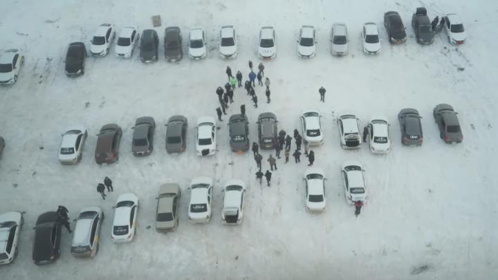 Таксисты Балакова организовали забастовку и «требуют справедливости»