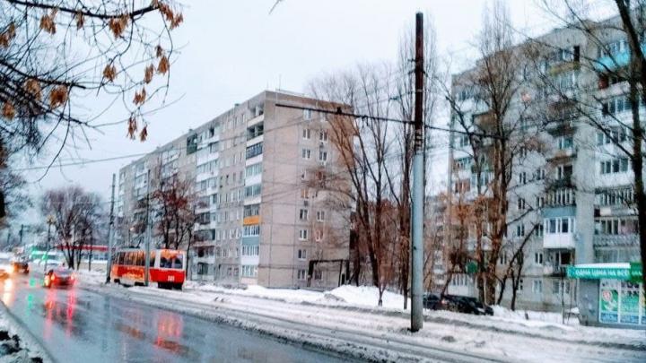 В Саратове встали трамваи 3 и 9 маршрутов