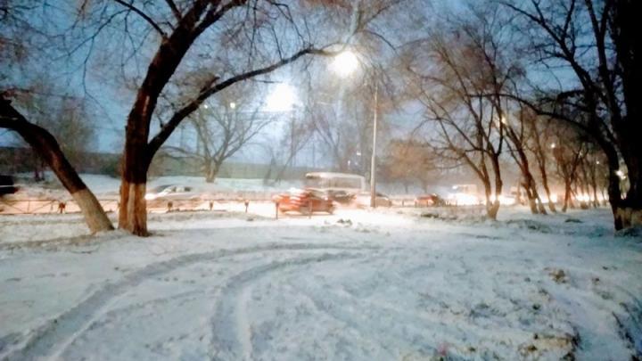 В Саратовской области отменены занятия из-за морозов и метели