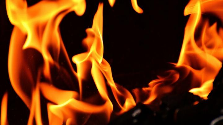 Пожилая пара под Аркадаком погибла в огне