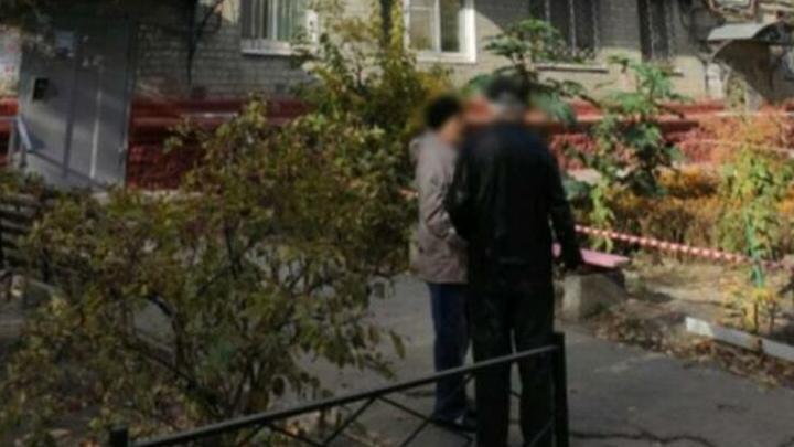 Выбросившую дочерей из окна саратовчанку отправили в психбольницу