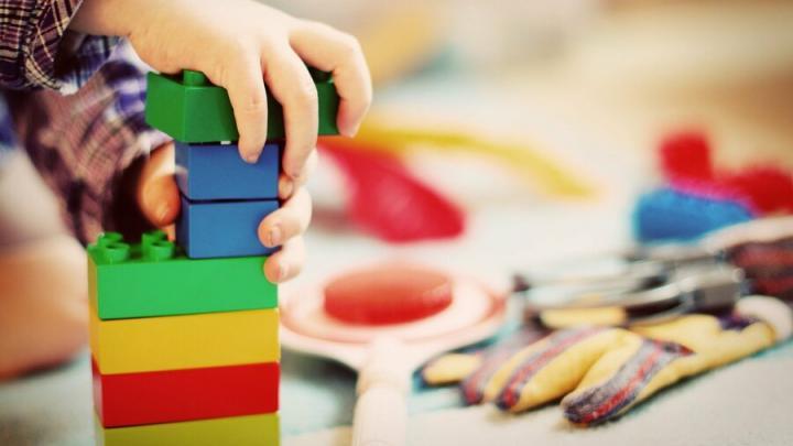 Очередь в детские сады Саратовской области достигла 24 тысяч детей