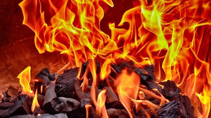 Балаковец случайно поджег дом: погиб пенсионер