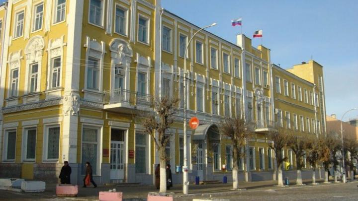 Администрации Вольского района нужно 23,5 миллиона рублей для погашения долгов
