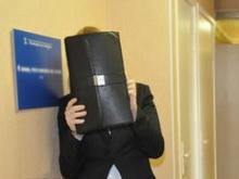 Главу администрации на народном сходе в Пугачеве облили водой