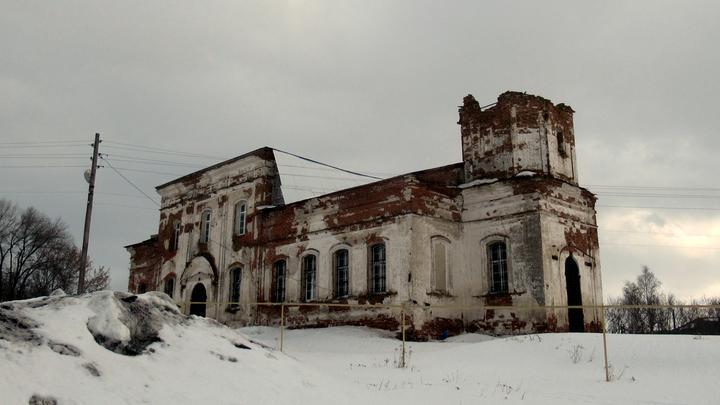 В селе Лох восстанавливают храм