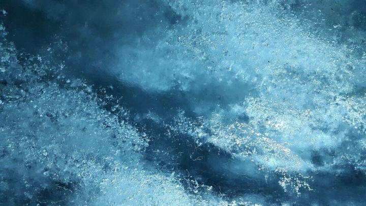 Северный ветер «властвует» в Саратове