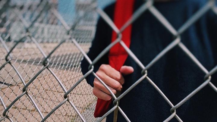 Школьник получил травмы во время уроков в Усть-Курдюме