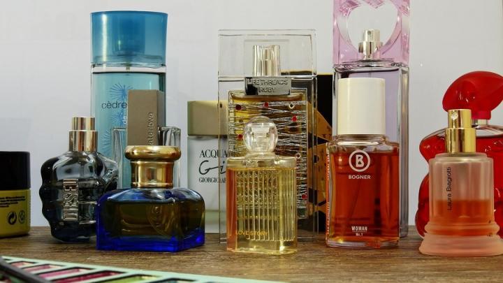 Саратовцы озаботились вопросом, как отличить подделку парфюма от оригинала