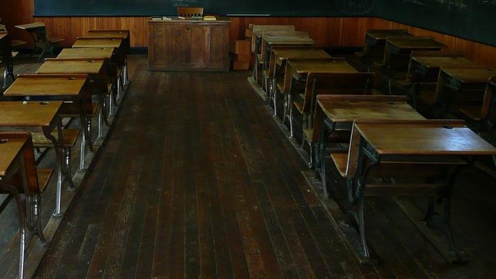 Из-за сильных морозов 253 школы Саратовской области переведены на дистанционный режим