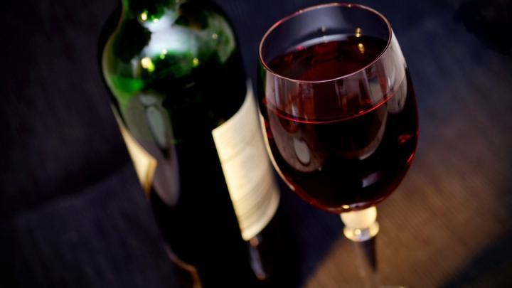 Контрафактный алкоголь и сигареты на 20 миллионов изъяли в Балашове