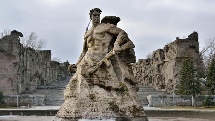 Железнодорожные экскурсии в Волгоград запустят для саратовцев ко Дню Победы
