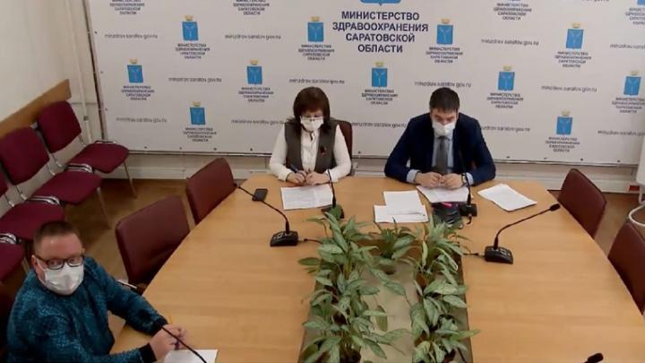 37 медиков погибли от коронавируса за время пандемии в Саратовской области