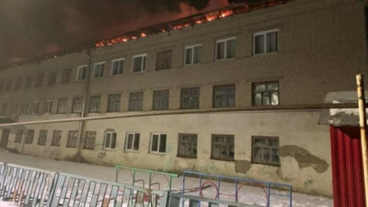 Ремонт сгоревшей в Екатериновке школы обойдется как минимум в 3,7 миллиона рублей