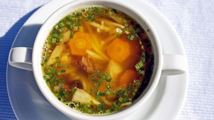 Куриный суп подорожает для саратовцев: выросли цены на овощи и мясо