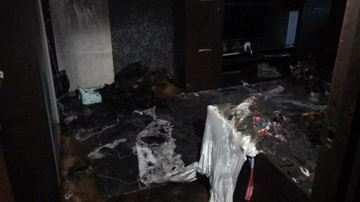Двое детей погибли на пожаре в Волжском районе | 18+