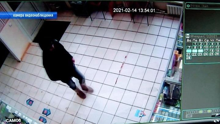 Балаковец задержал грабителя у аптеки
