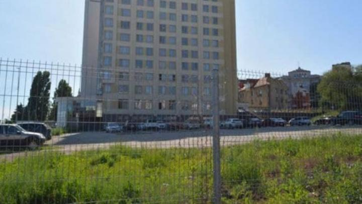 Участок рядом со «Словакией» изъят под строительство сквера