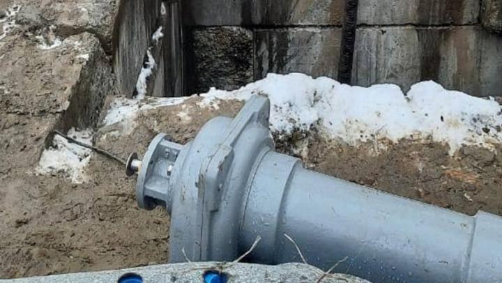 Во Фрунзенском районе до полуночи не будет холодной воды